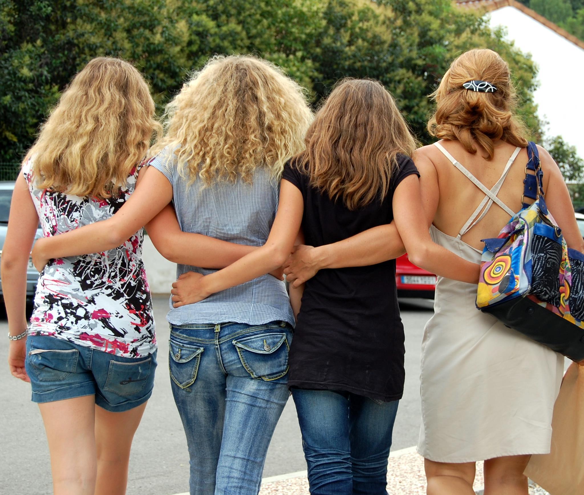 Trois filles et leur mère